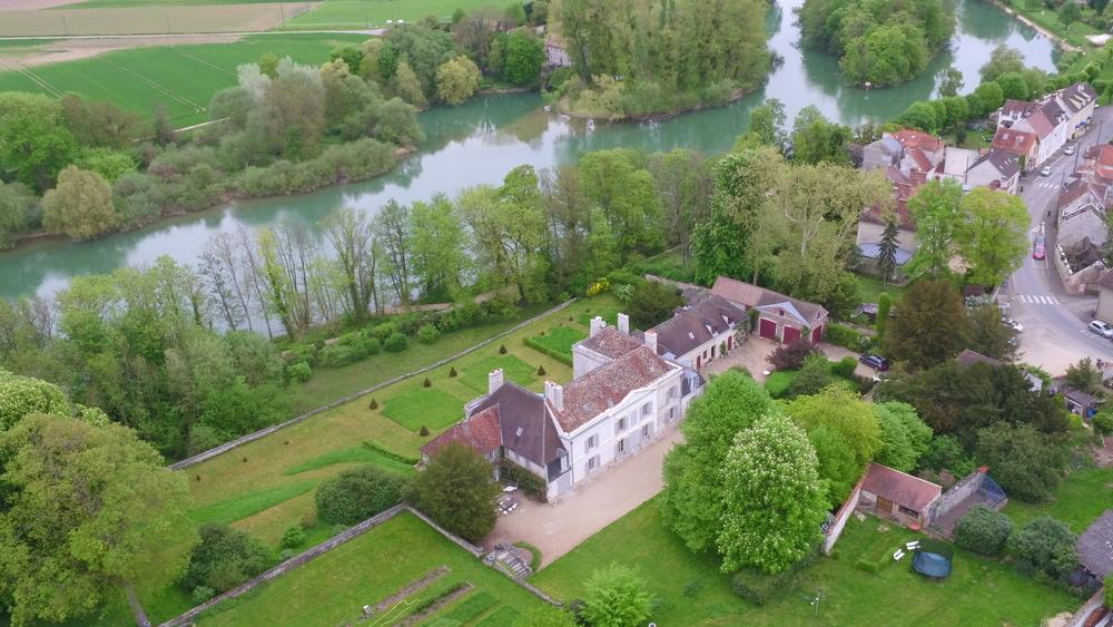 TERRASSES DE GERMIGNY - maison de plaisance du Baron Ménager
