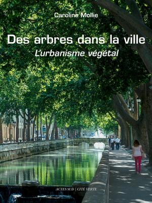 Des arbres dans la ville